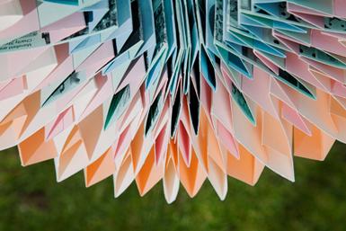 paper fold detail